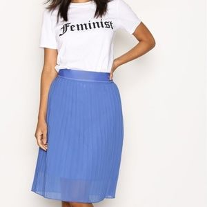 Adidas Originals Trefoil OE Pleated Midi Skirt